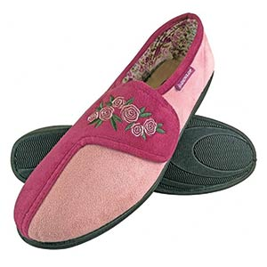 Wide Fit Velcro Slippers