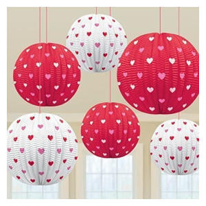 Heart Patterned Mini Hanging Lantern
