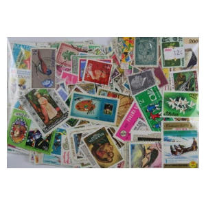 1000 Different Worldwide Stamps