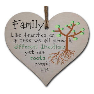 Wooden Hanging Family Heart Plaque