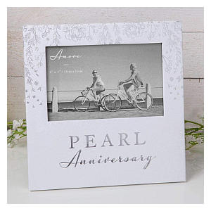 Pearl Anniversary Photo Frame