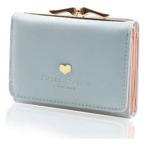 Purse With Heart-Shaped Metal Buckle