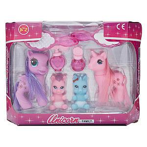 Unicorn Family Playset