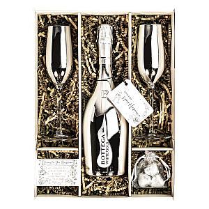 Bottega White Gold Set With Matching Glasses
