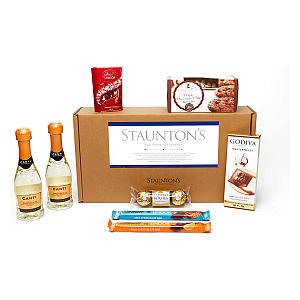 Staunton's Hamper With Chocolates