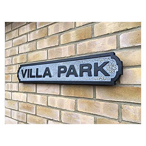 Villa Park Sign